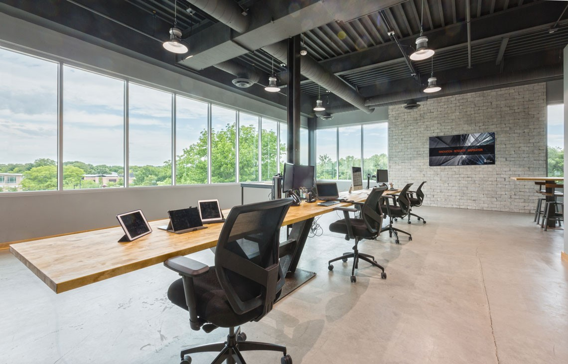 Office space at InForm IoT Lab